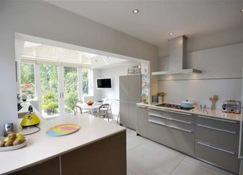 Thumbnail 4 bed property to rent in Holland Park Avenue, Holland Park