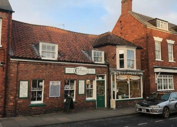 Thumbnail 2 bed flat to rent in High Street, Spilsby