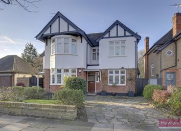 3 bed maisonette for sale in The Chine, London N21