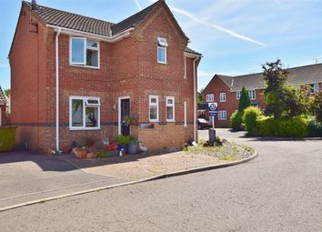 Thumbnail 3 bed detached house for sale in Langley Place, Billericay