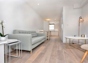 Thumbnail 2 bed flat for sale in Dorset Gardens, Brighton