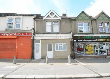 Thumbnail 1 bed flat to rent in Clarence Road, Grays, Essex