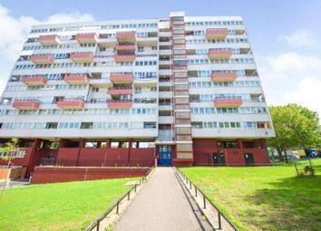 2 bed maisonette for sale in Hedgers Grove, London E9