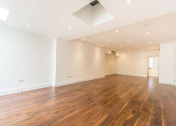 Thumbnail 4 bedroom flat to rent in Dunraven Street, Mayfair