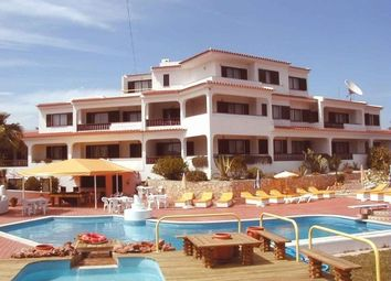 Thumbnail 13 bed villa for sale in Portugal, Algarve, Albufeira