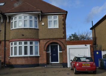 4 bed semi-detached house to rent in The Ridgeway, London N11