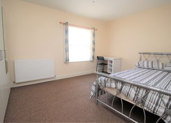 Thumbnail 1 bed terraced house to rent in Room 5, Prebend Street, Bedford