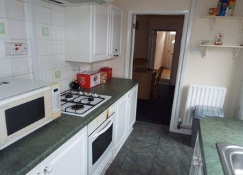 Thumbnail 2 bed property to rent in Swan Lane, Coventry