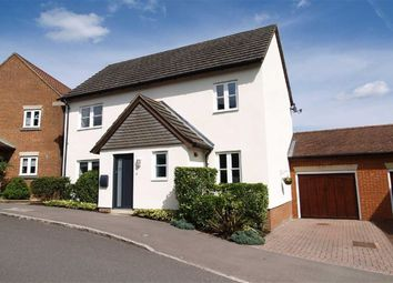 3 bed link-detached house for sale in Kiln Avenue, Haslemere, Surrey GU27