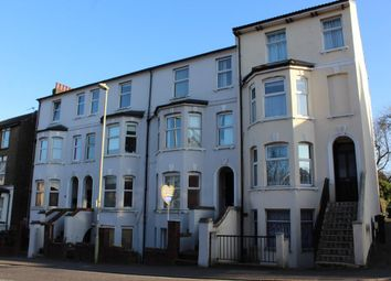 Thumbnail 2 bed flat for sale in Queens Road, Aldershot
