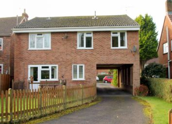 Thumbnail 1 bed flat to rent in New Town, Copthorne, Crawley
