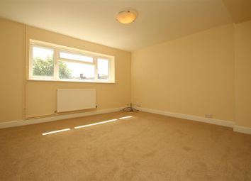 2 bed maisonette to rent in Tollpit End, Gadebridge, Hemel Hempstead HP1