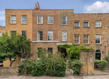 Thumbnail 5 bed property for sale in Sutton Place, Hackney, London
