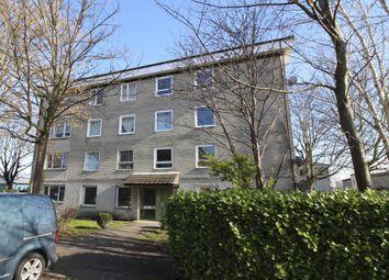 2 bed flat to rent in Glenbervie Road, Grangemouth FK3