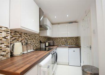 2 bed maisonette to rent in Hawkesbury Drive, Tilehurst, Reading RG31