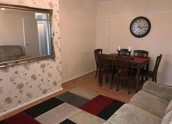 Thumbnail 2 bed flat for sale in Kingsdown Avenue, South Croydon, Surrey