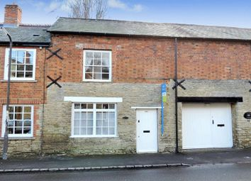 Thumbnail 3 bed cottage for sale in High Street, Harrold, Bedford