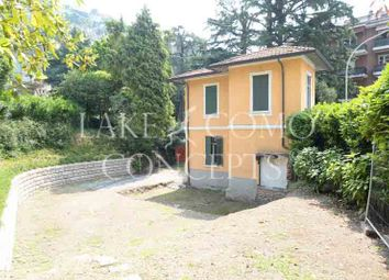 Thumbnail 3 bed villa for sale in Central Position, Como (Town), Como, Lombardy, Italy