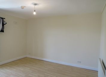 Thumbnail 1 bed flat to rent in South Street North, New Whittington, Chesterfield