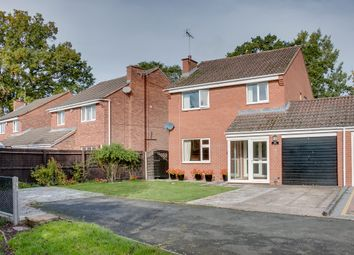 Thumbnail 4 bed link-detached house for sale in Kingham Close, Winyates Green, Redditch
