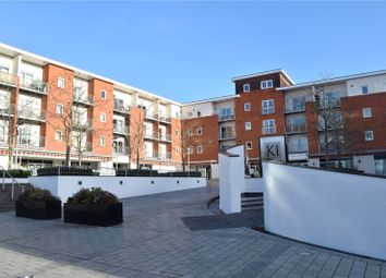 2 bed flat to rent in Merrick House, Whale Avenue, Reading, Berkshire RG2