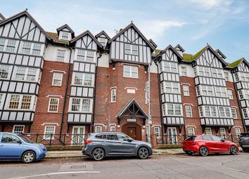 2 bed flat for sale in Leigh Road, Leigh-On-Sea SS9