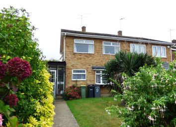 Graysons Close, Rayleigh, Essex SS6. 3 bed semi-detached house