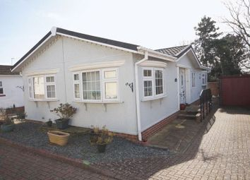 Thumbnail 2 bed mobile/park home for sale in Upper Cornaway Lane, Portchester, Fareham