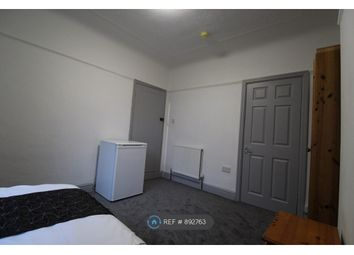 Room to rent in Carlton Street, Widnes WA8