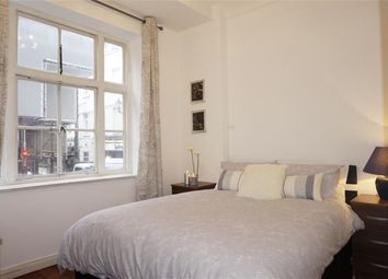 Thumbnail 1 bed flat to rent in Carrington House, Hetford Street, Mayfair, London