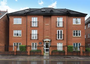 Thumbnail 2 bed flat for sale in Balfour Road, Weybridge