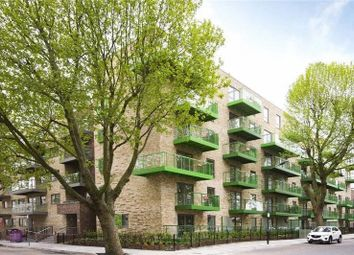 Thumbnail 2 bed flat to rent in Stebondale Street, London