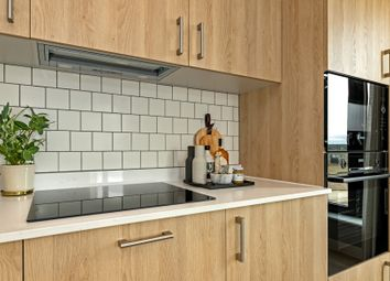 Thumbnail 1 bedroom flat for sale in Mill Hill, London