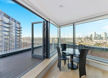 Thumbnail 3 bedroom flat for sale in Bridgewater House, London City Island, London