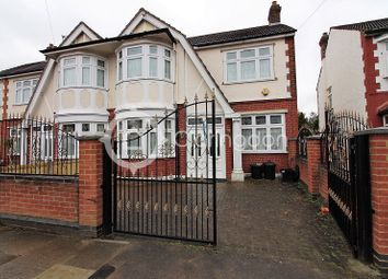 Thumbnail 4 bedroom property to rent in Sunnymede Drive, Ilford, Essex.