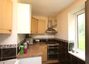 Thumbnail 2 bed flat to rent in Grove Avenue, Pinner