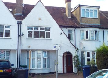 2 bed maisonette to rent in Woodland Way, London NW7