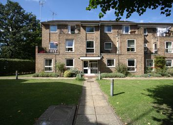 Thumbnail 1 bed flat to rent in Garfield Road, Twickenham