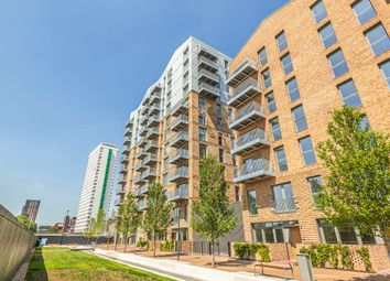 Thumbnail 3 bed flat for sale in Waterline Way, London