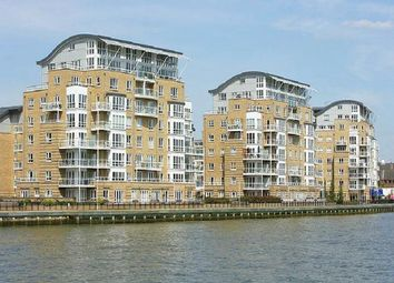 Thumbnail 5 bed flat to rent in St Davids Square, London