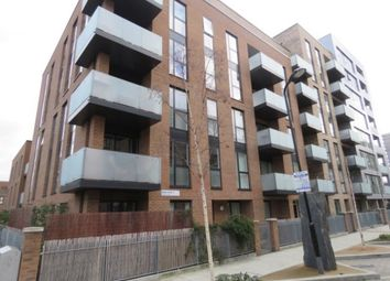 Thumbnail 2 bedroom flat for sale in Hackney