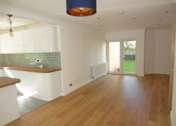 Thumbnail 2 bedroom flat to rent in Sydney Road, Bath