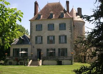 Thumbnail 6 bed country house for sale in 03330 Bellenaves, France