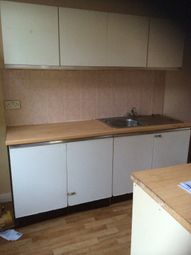 Thumbnail 4 bed terraced house to rent in Glensdale Terrace, Leeds