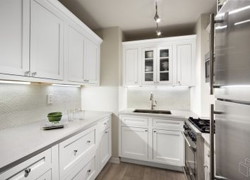 Thumbnail 1 bed apartment for sale in 305 East 24th Street 4N, New York, New York, United States Of America