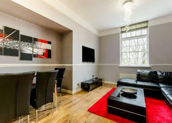 Thumbnail 2 bed flat for sale in Fothergill Drive, Winchmore Hill
