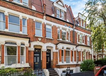 Thumbnail 2 bed flat for sale in Clissold Crescent, By Clissold Park