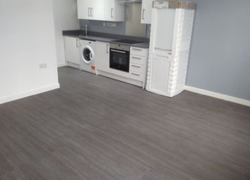 1 bed flat to rent in North Street, Romford RM1