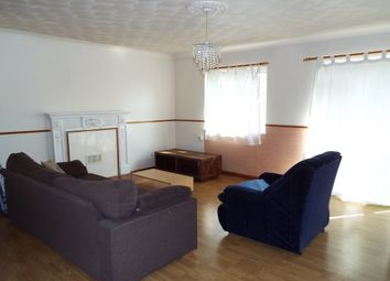 Thumbnail 2 bed flat to rent in Paul Street, London