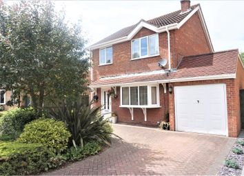 Thumbnail 3 bed detached house for sale in Meadowbank, Grimsby